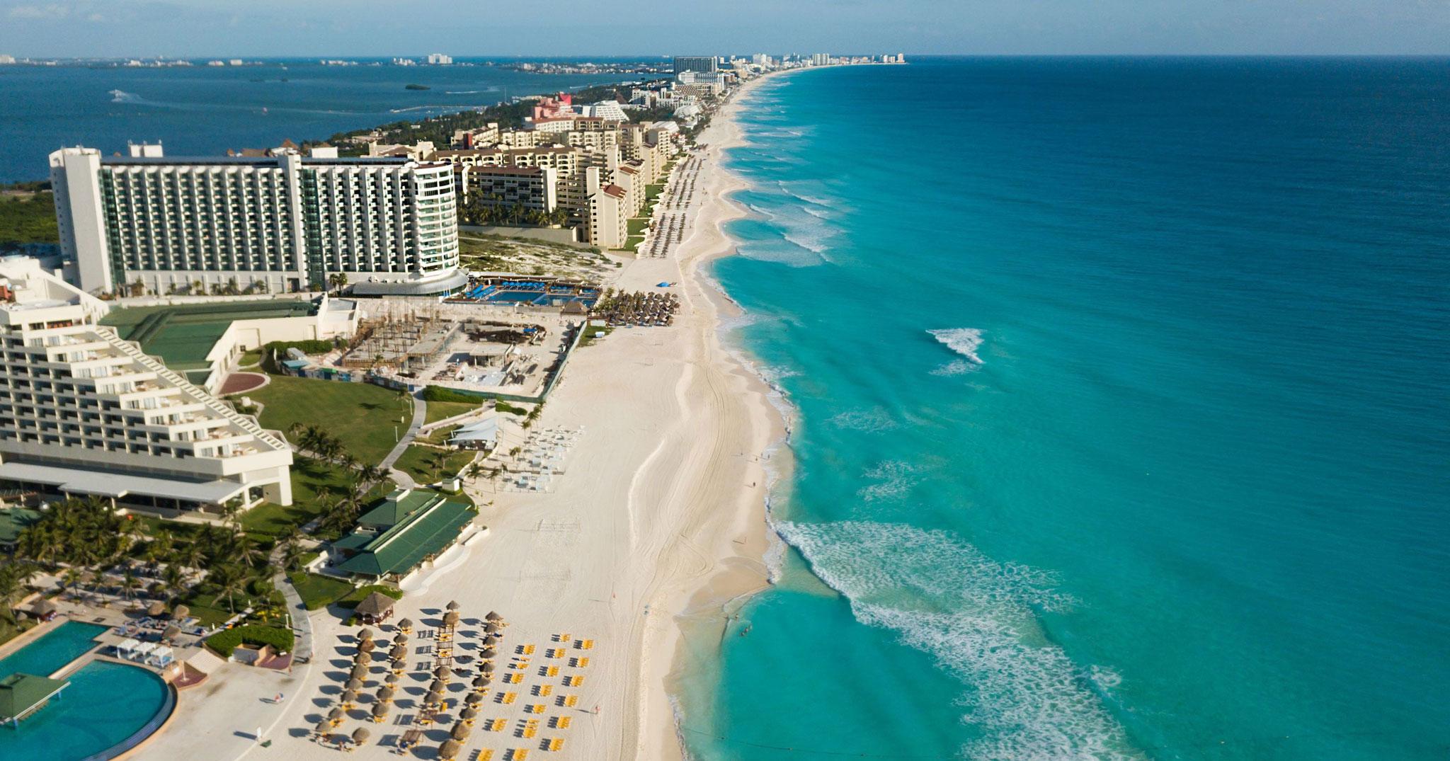 Leonidas-Cancun-Michel-Destruel